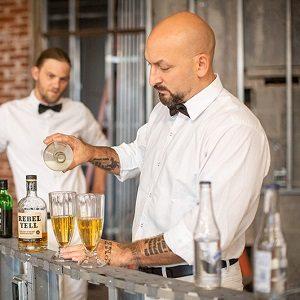 The-Milkmans-Bar-guys 2